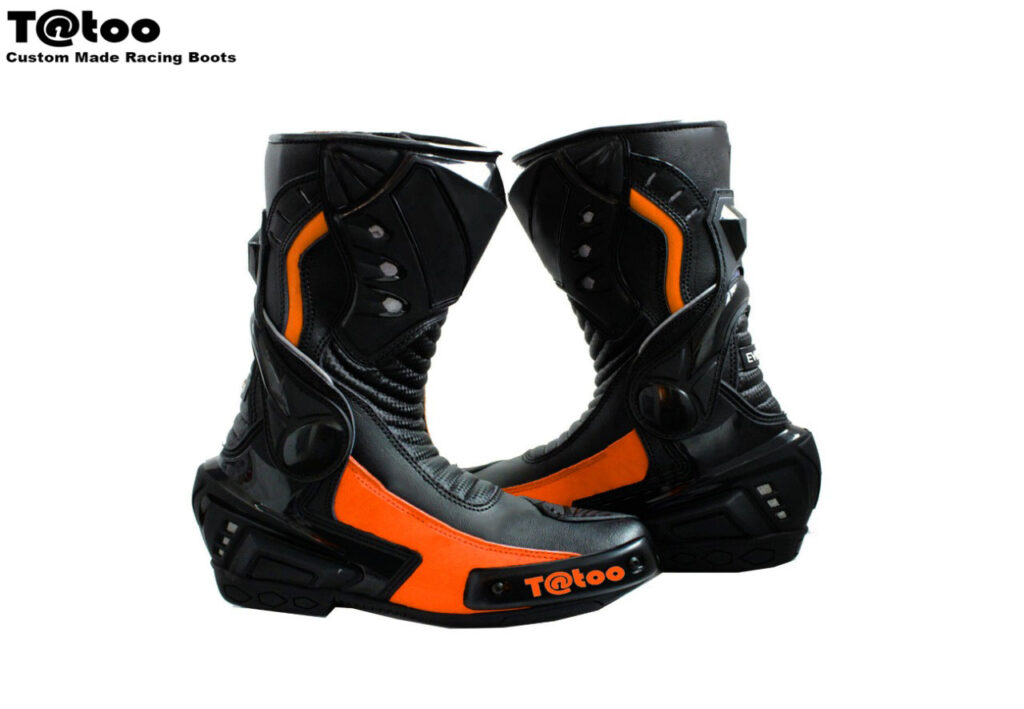 Boots: 99 €